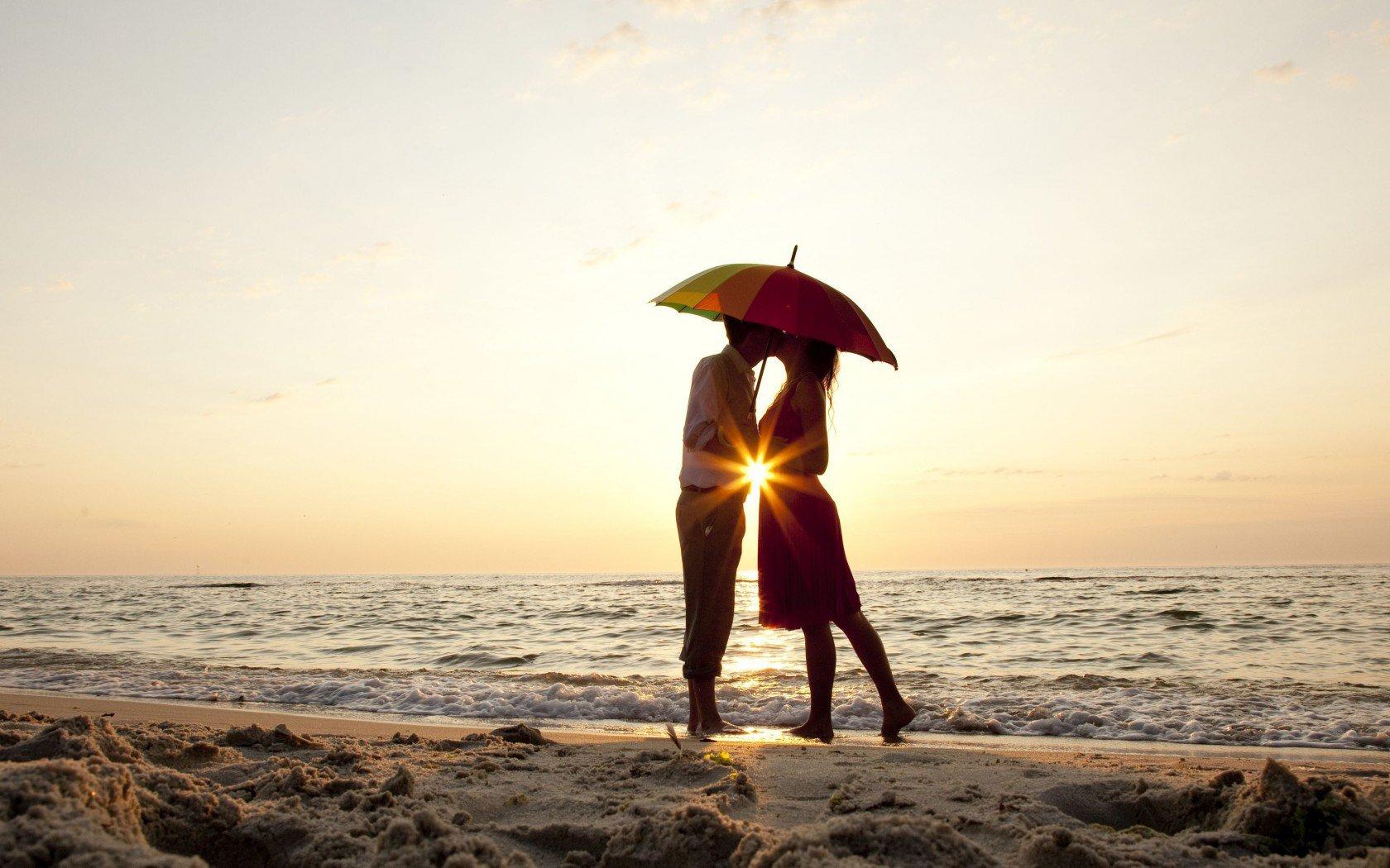""""""" Am învățat că dacă cineva nu te iubește cum ai vrea tu,nu înseamnă că nu te iubește din tot sufletul"""""""