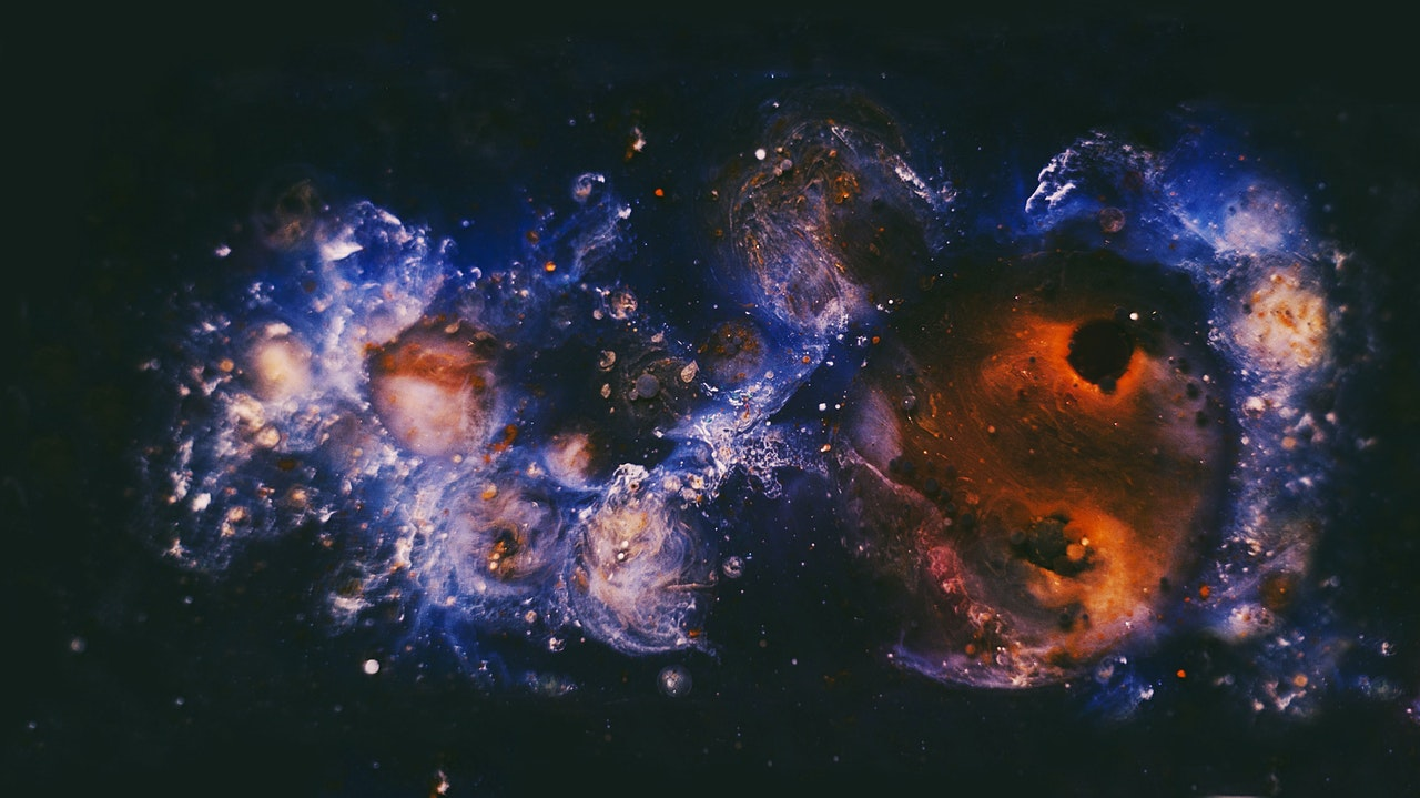 Ce va învăța fiecare zodie în august - Loveisaname